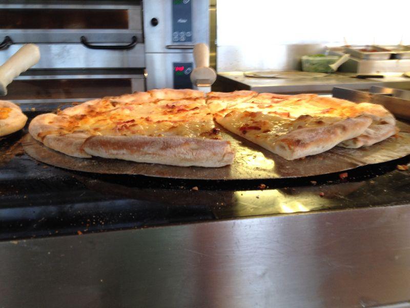 2014/07/30 Ibiza, Spain-pranzo-al-buffet-di-msc-sinfonia-durante-la-navigazione-11-jpg