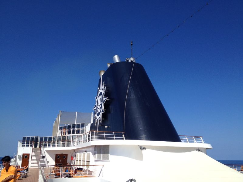 2014/07/30 Ibiza, Spain-pranzo-al-buffet-di-msc-sinfonia-durante-la-navigazione-15-jpg