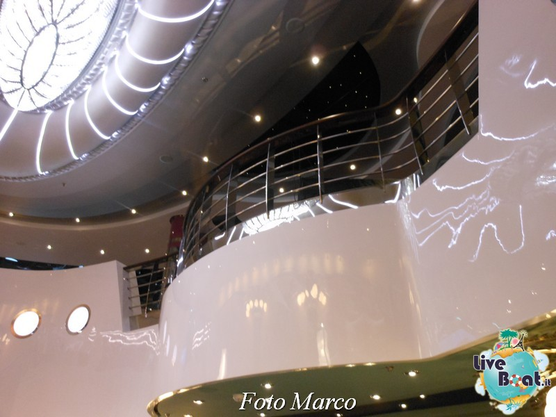 Piano bar Luna - Msc Divina-107foto-liveboat-msc-divina-jpg