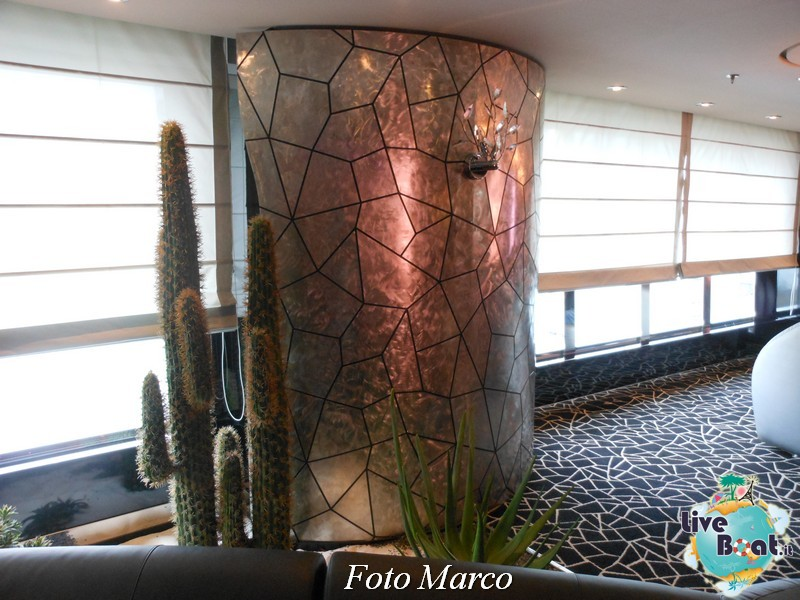 Re: Black and White Lounge MSC Divina-34foto-liveboat-msc-divina-jpg