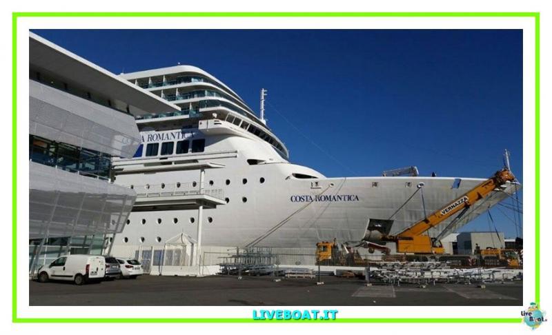 Vento e mare mosso fanno sbandare Costa neoRomantica-1costa-costaneoromantica-incidente-maltempo-liveboat-jpg