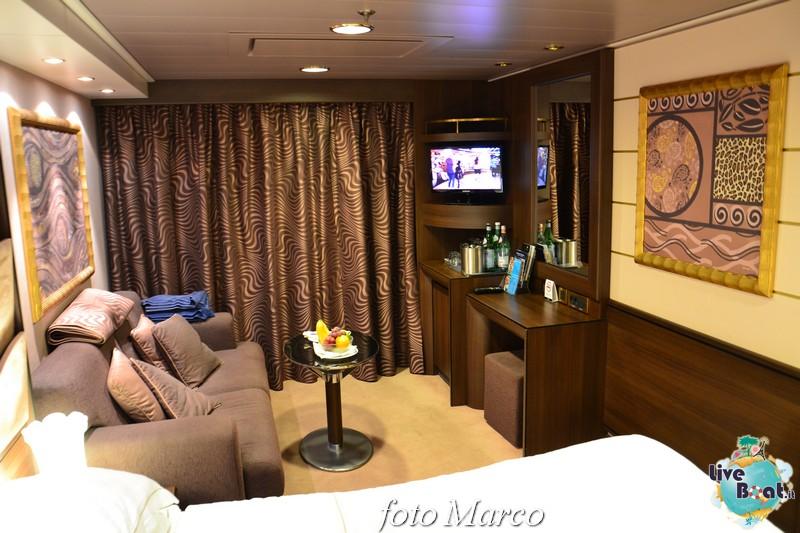 -202foto-msc_divina-liveboat-yacht_club-jpg