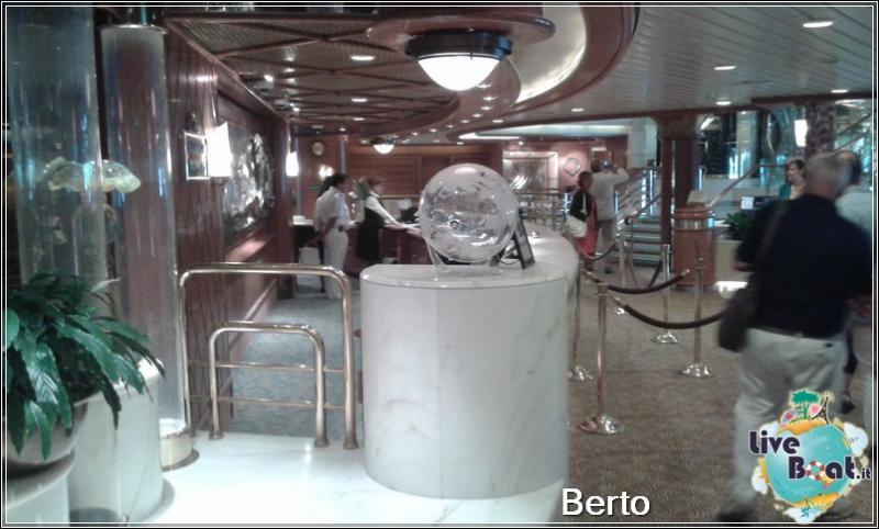 Atrio e Reception-21island-princess-liveboatcrociere-jpg