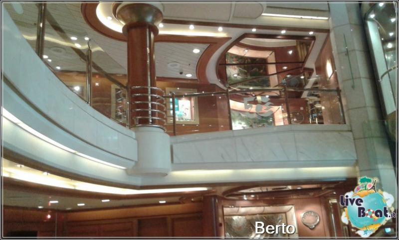 Atrio e Reception-23island-princess-liveboatcrociere-jpg
