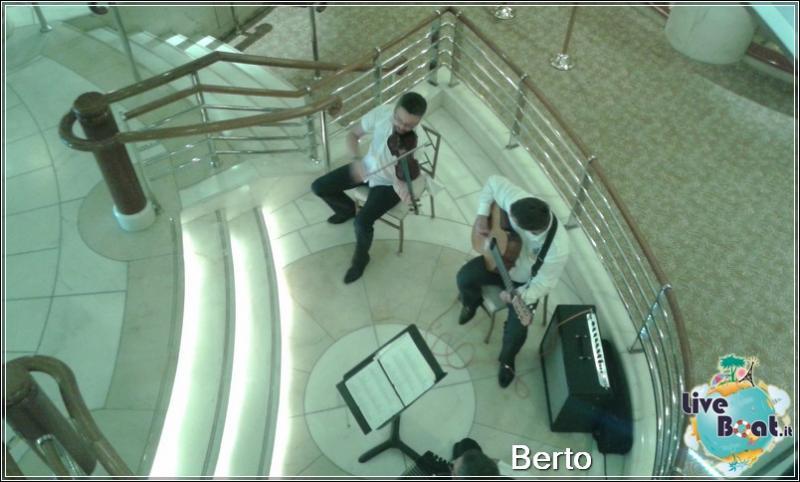 Atrio e Reception-68island-princess-liveboatcrociere-jpg