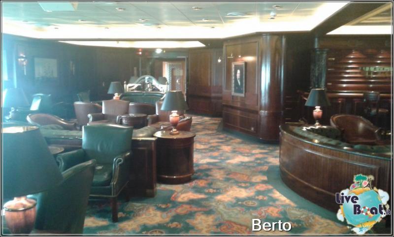 Wheelhouse bar-104island-princess-liveboatcrociere-jpg