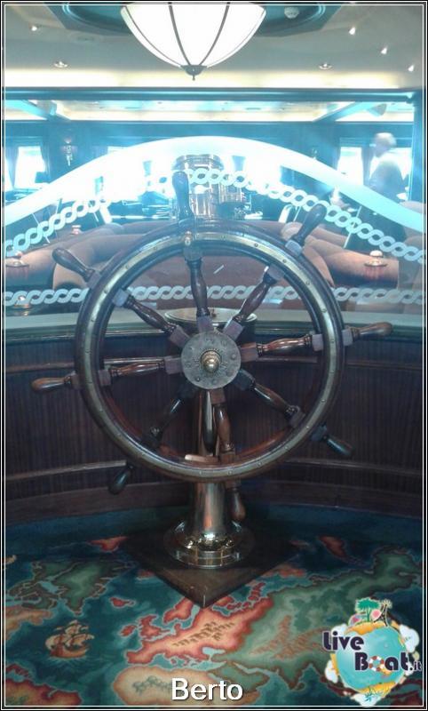 Wheelhouse bar-106island-princess-liveboatcrociere-jpg