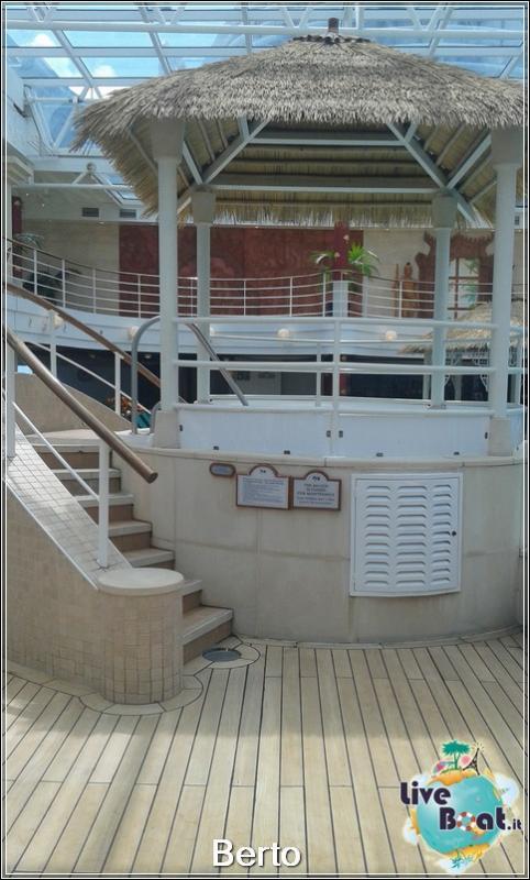 Lotus pool-125island-princess-liveboatcrociere-jpg