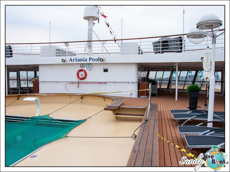 M/S Artania - Artania Pool-liveboat-phoenix-reisen-artania-artania-pool-01-jpg