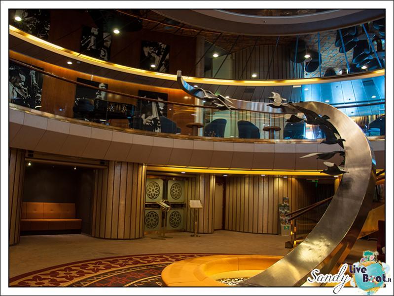 M/S Artania - Atrio-liveboat-phoenix-reisen-artania-atrio-01-jpg