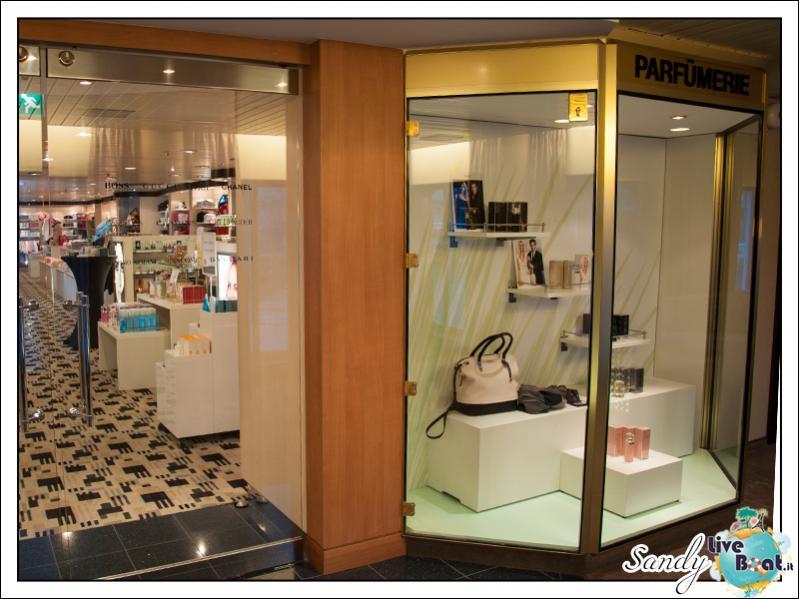 M/S Artania - Boutique-liveboat-phoenix-reisen-boutique-03-jpg