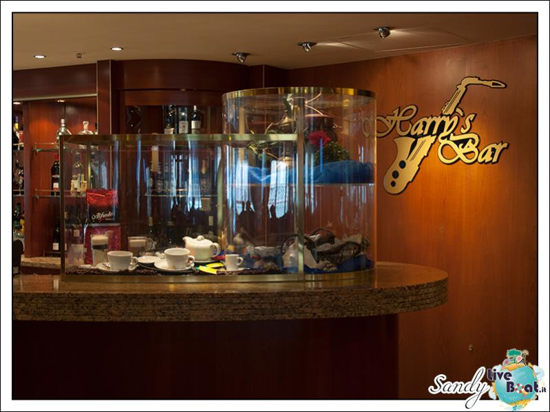 M/S Artania - Harry's Bar-liveboat-phoenix-reisen-harrys-bar-03-jpg