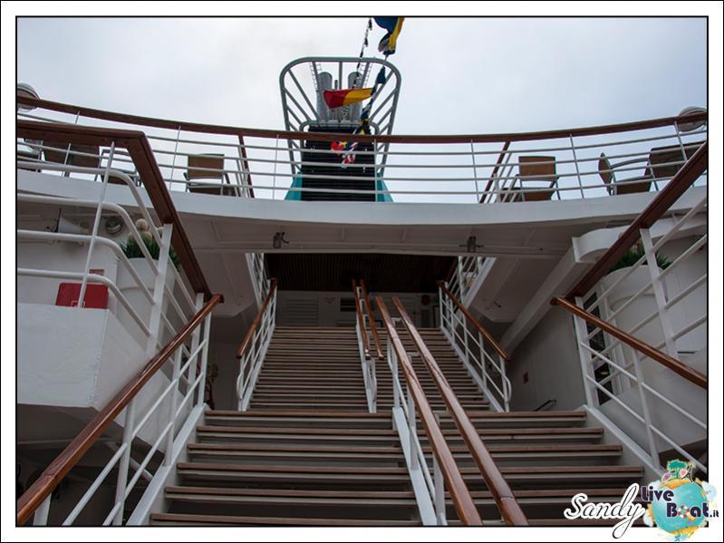 M/S Artania - Passeggiando per la nave-liveboat-phoenix-reisen-11-jpg