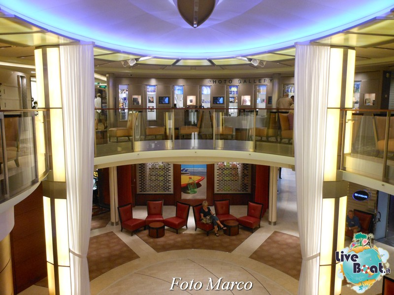"L'""Entertainment Court"" di Eclipse-1foto-liveboat-celebrity-eclipse-jpg"