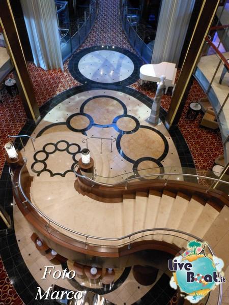 Grand Foyer di  Celebrity Silhouette-1foto-liveboat-celebrity-silhouette-jpg