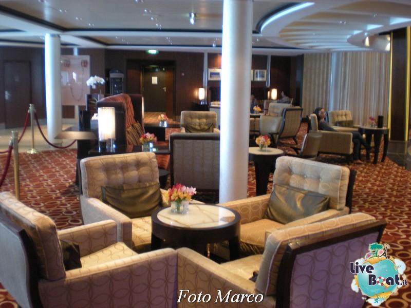 Grand Foyer di  Celebrity Silhouette-6foto-liveboat-celebrity-silhouette-jpg