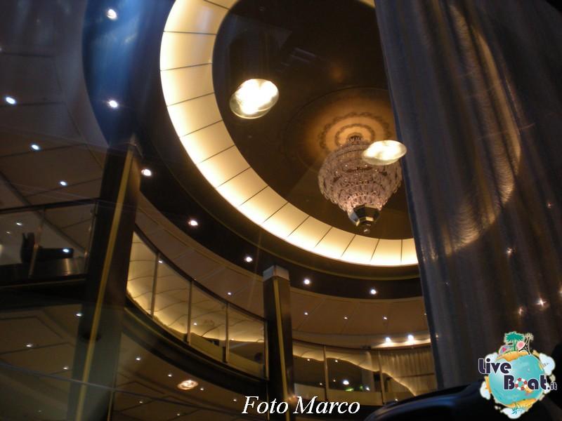 Grand Foyer di  Celebrity Silhouette-15foto-liveboat-celebrity-silhouette-jpg
