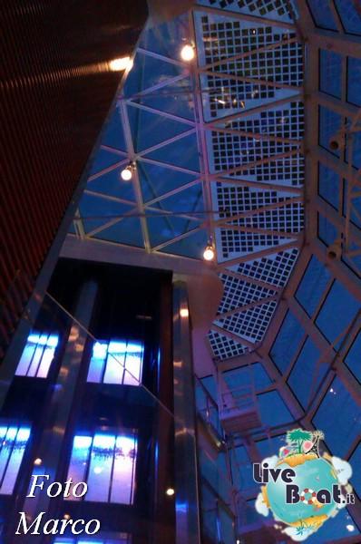 Grand Foyer di  Celebrity Silhouette-23foto-liveboat-celebrity-silhouette-jpg