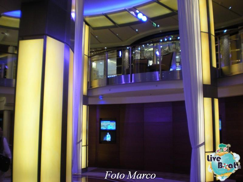 L'Entertainment Court di Celebrity Silhouette-73foto-liveboat-celebrity-silhouette-jpg