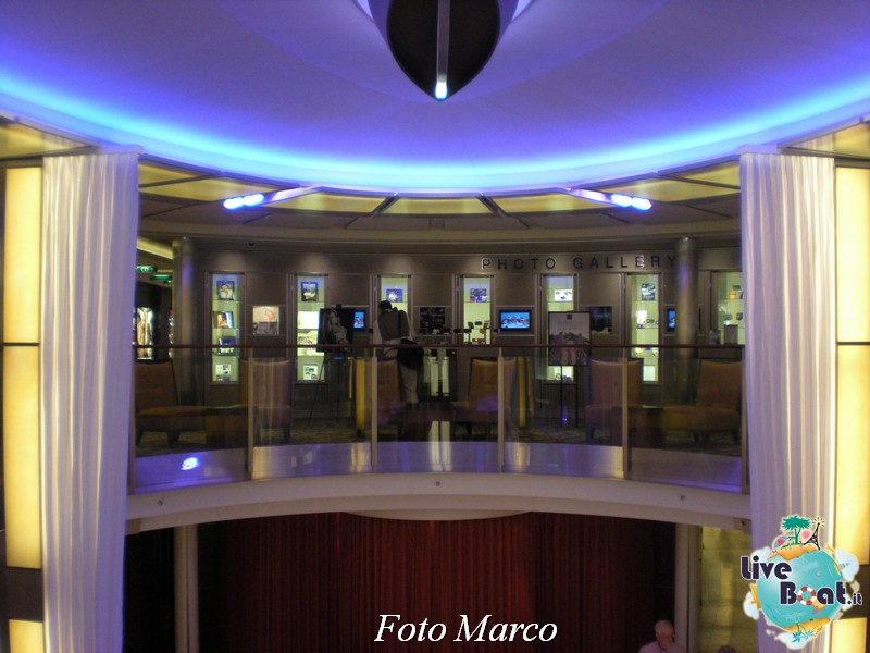 L'Entertainment Court di Celebrity Silhouette-74foto-liveboat-celebrity-silhouette-jpg