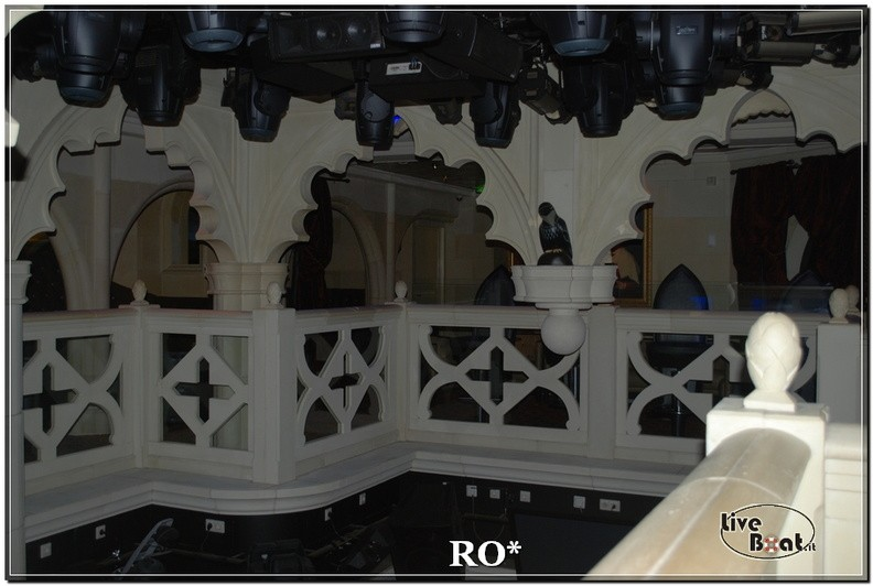 La discoteca di Independence ots-43foto-liveboat-independence-ots-jpg