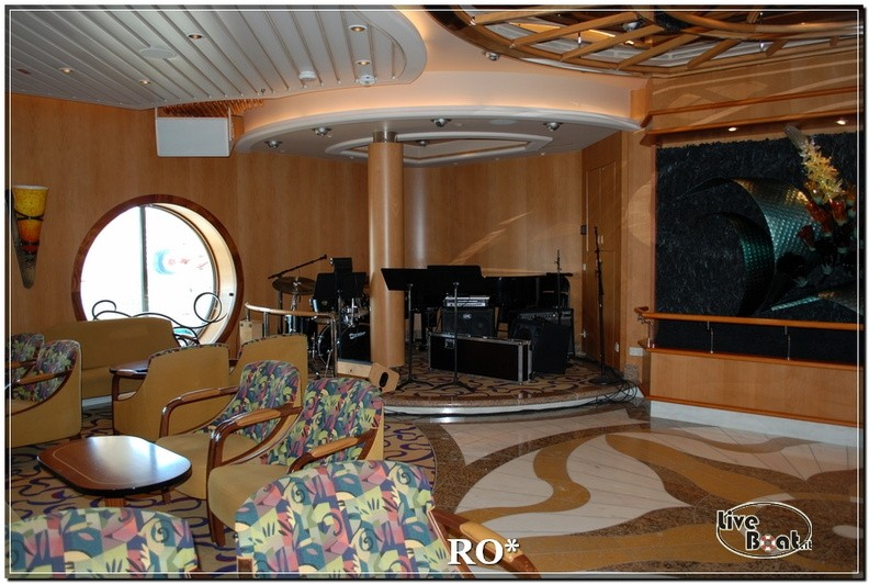Il Bolero Lounge di Independence ots-46foto-liveboat-independence-ots-jpg