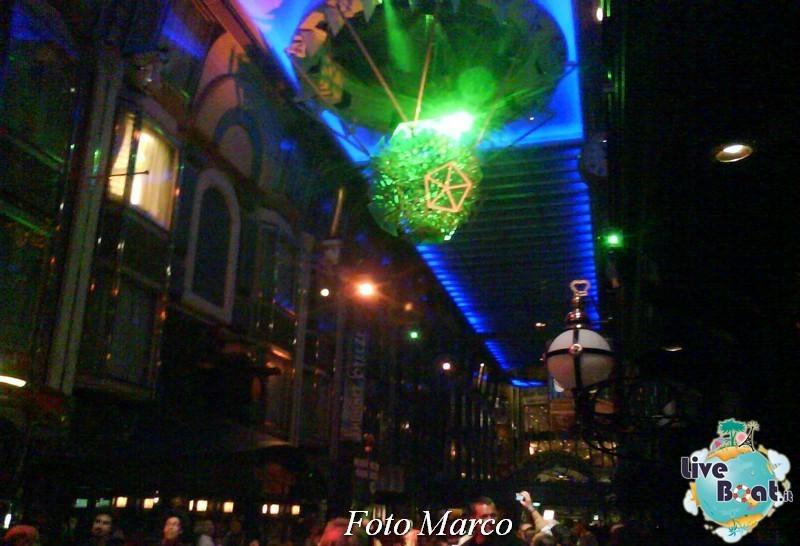Parata di gala nella Royal Promenade di Mariner ots-169foto-liveboat-mariner-ots-jpg