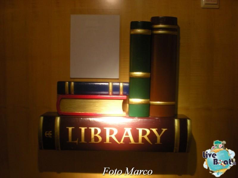 La biblioteca e l'internet point di Mariner ots-51foto-liveboat-mariner-ots-jpg