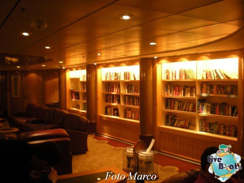 La biblioteca e l'internet point di Mariner ots-53foto-liveboat-mariner-ots-jpg