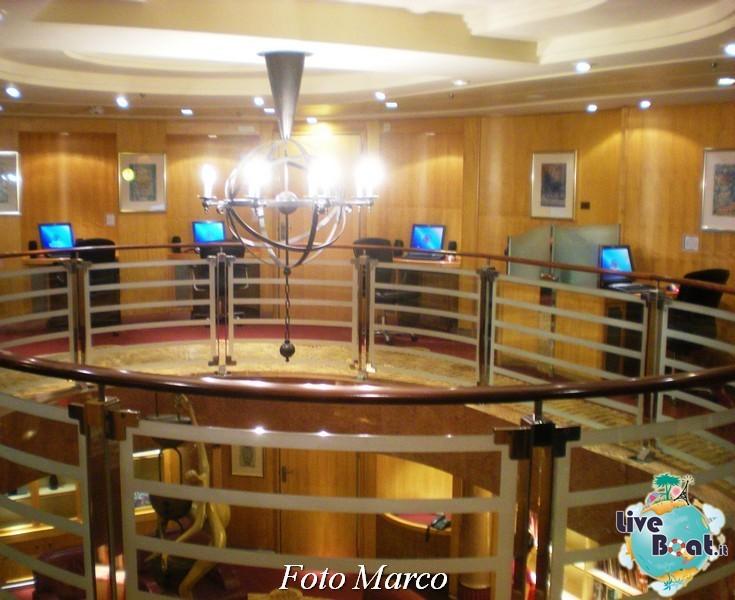 La biblioteca e l'internet point di Mariner ots-55foto-liveboat-mariner-ots-jpg