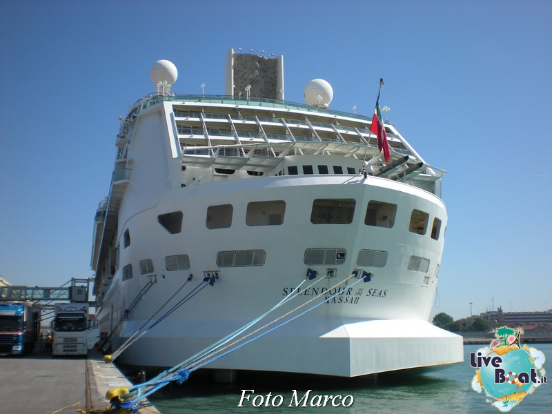Esterni nave Splendour of the Seas-2foto-liveboat-splendour-ots-jpg