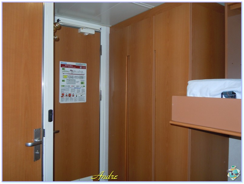 31/08/12 - Cagliari (imbarco per Andre e Ago)-00013-jpg