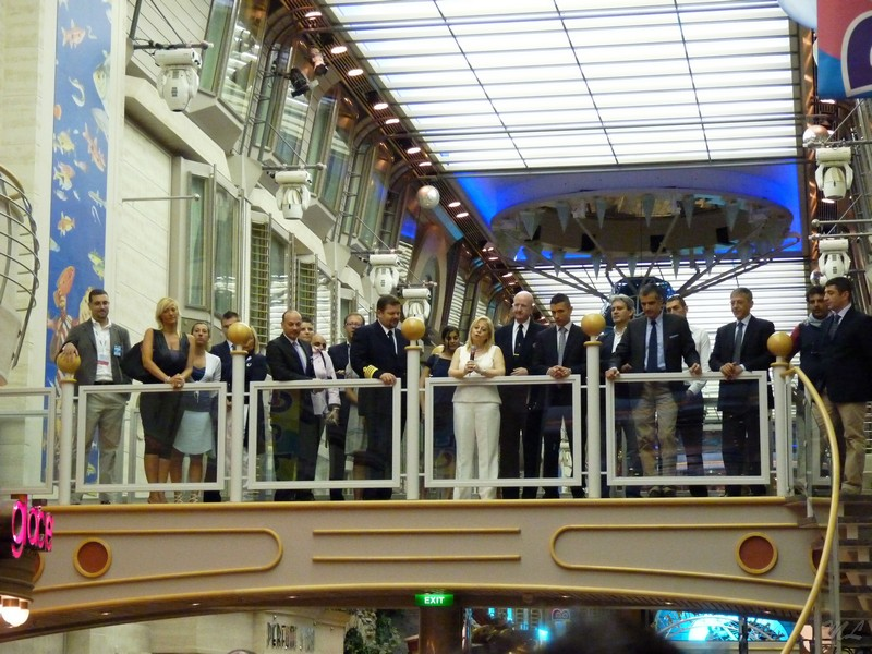 2011/07/23 - Mariner of the Seas Genova-staf-jpg