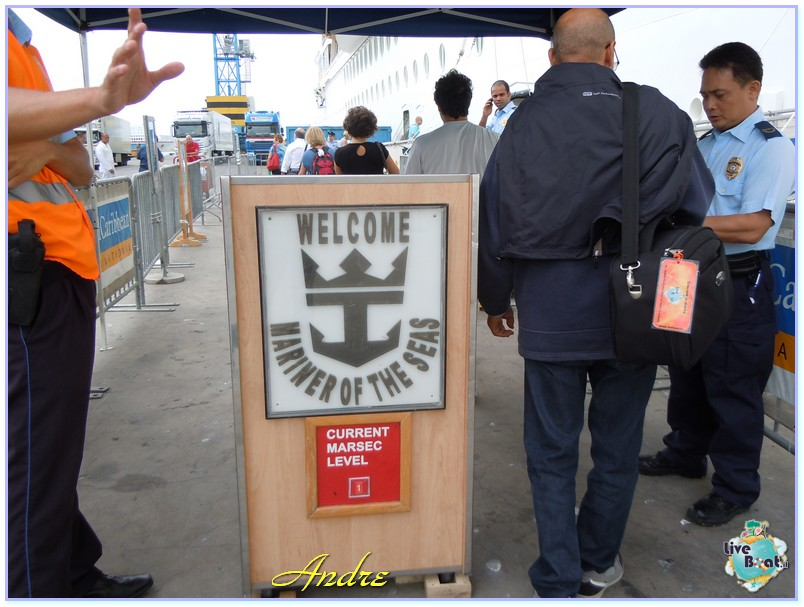 01/09/12 - Civitavecchia (imbarco  Mariner Andre e Ago)-00009-jpg