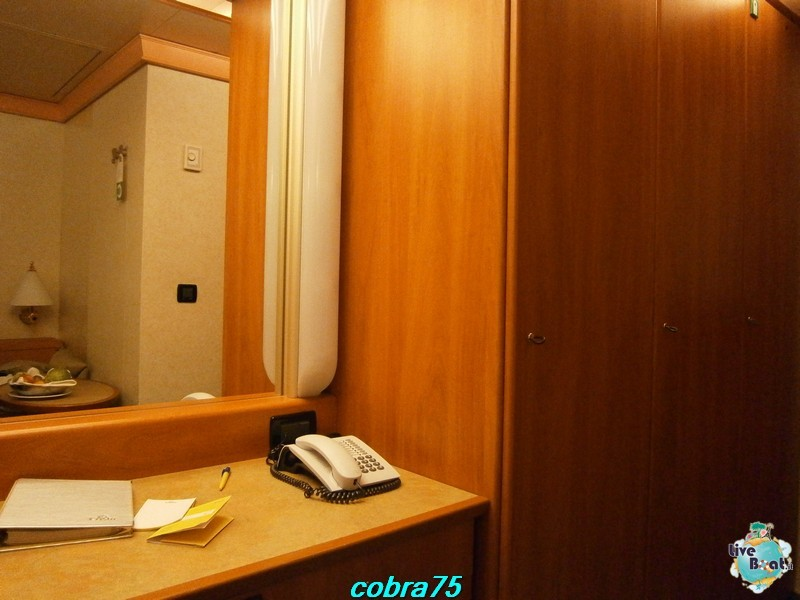 Cabina con balcone ponte 8-costa-magica-msc-splendida-liveboat-crocierep1140349-jpg