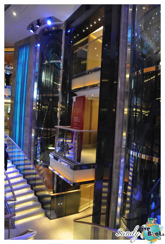 Atrium - P&O Ventura-o_ventura_atrium1-jpg