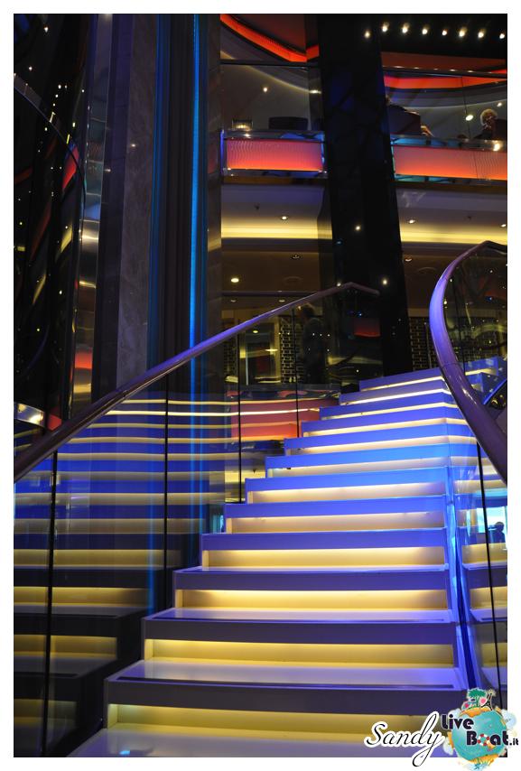 Atrium - P&O Ventura-o_ventura_atrium4-jpg