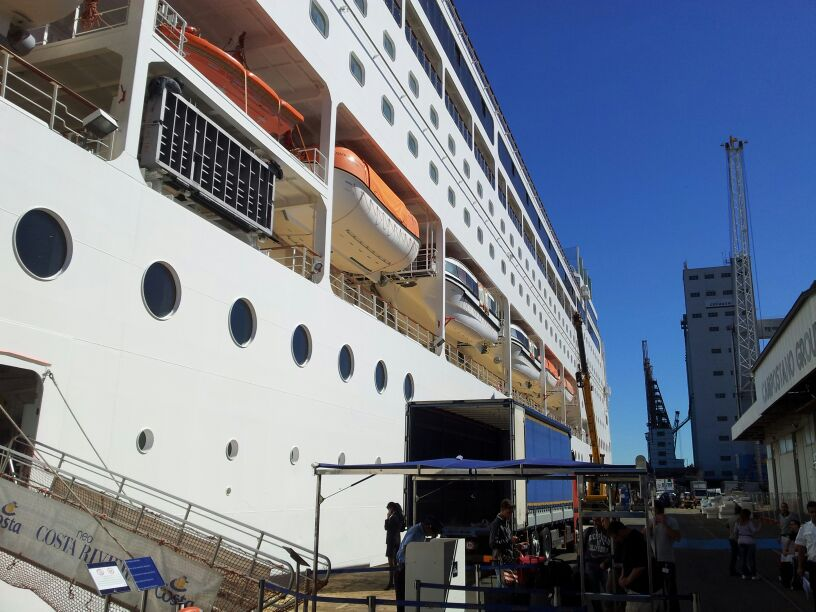 2014/05/14 - Savona (imbarco ) - Costa neoRiviera-img-20140514-wa0036-jpg