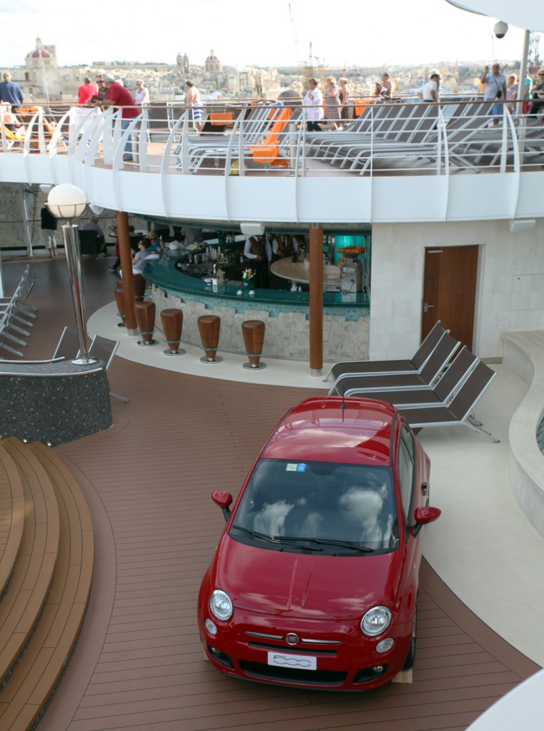 Fiat 500 Salpa su MSC Divina (6)