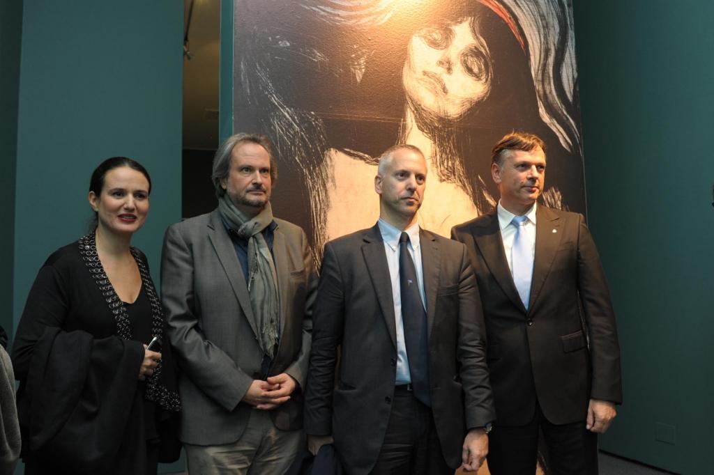 foto dell'inaugurazione della mostra di Edvard Munch a Palazzo Ducale, sponsorizzata da Costa Crociere.