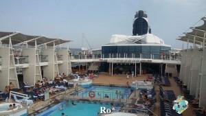 18-Celebrety-Reflection-Imbarco-Diretta-Liveboat-Crociere-1-e1416515628999