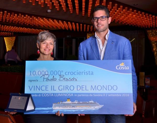 Savona premia 100.000.000. crocierista vince giro del mondo