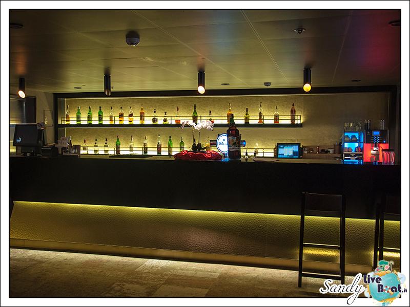 liveboat phoenix reisen casablanca lounge 04