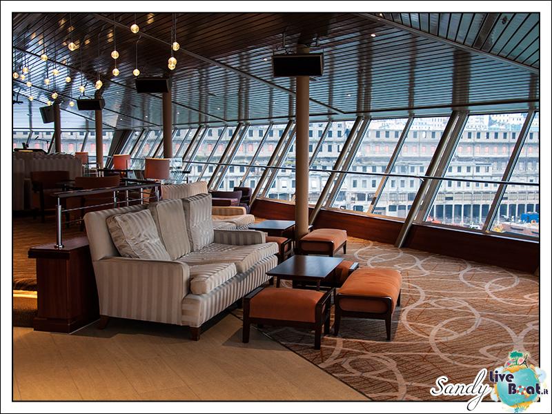 liveboat phoenix reisen pazific lounge 01