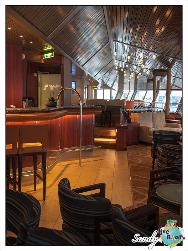 liveboat phoenix reisen pazific lounge 09