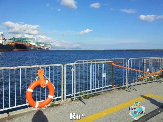 Liveboat in Diretta dall'Isola del Giglio e arrivo a Genova-13-foto-igenova-arrivo-costa-concordia-diretta-liveboat-crociere-jpg