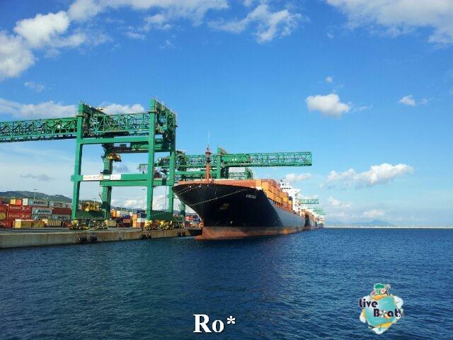 Liveboat in Diretta dall'Isola del Giglio e arrivo a Genova-17-foto-igenova-arrivo-costa-concordia-diretta-liveboat-crociere-jpg