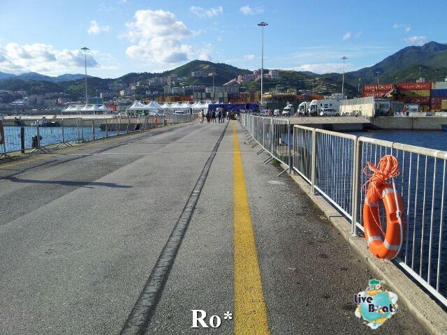Liveboat in Diretta dall'Isola del Giglio e arrivo a Genova-18-foto-igenova-arrivo-costa-concordia-diretta-liveboat-crociere-jpg