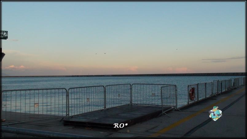Liveboat in Diretta dall'Isola del Giglio e arrivo a Genova-sala-stampa-costa-crociere-geniova-voltri-porto-8-jpg