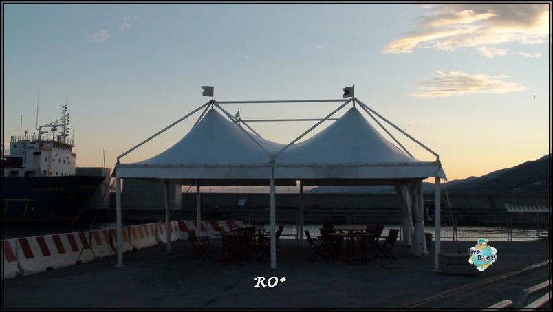 Liveboat in Diretta dall'Isola del Giglio e arrivo a Genova-sala-stampa-costa-crociere-geniova-voltri-porto-9-jpg